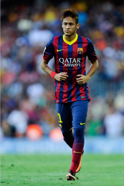 Neymar Jr. first official appearance for Barcelona, in the Camp Nou