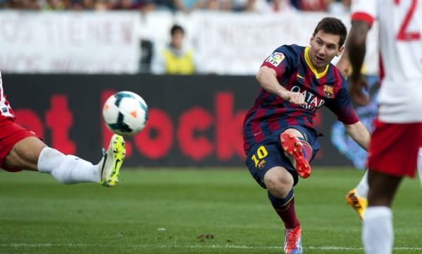 Almeria 0-2 Barcelona: Messi scores but leaves the pitch injured