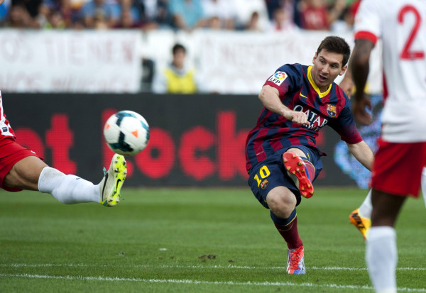 Lionel Messi beautiful goal, in Almeria vs Barcelona, in 2013-2014