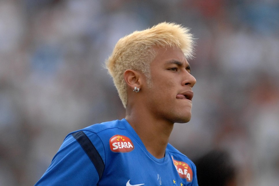 Neymar new haircut and hairstyle dyed blonde