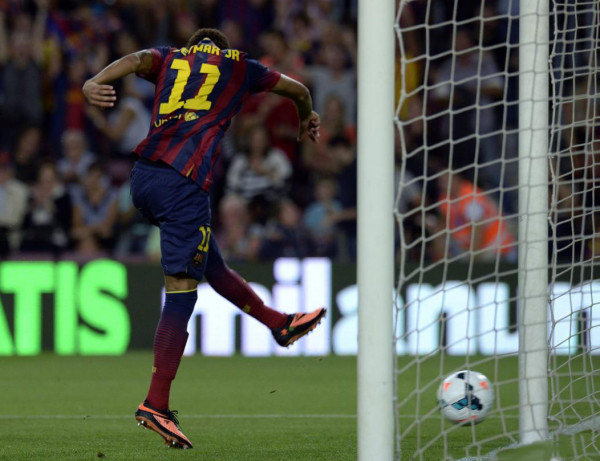 Neymar scoring against an empty net, in Barcelona vs Real Sociedad