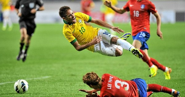 Neymar being tackled and diving in Brazil