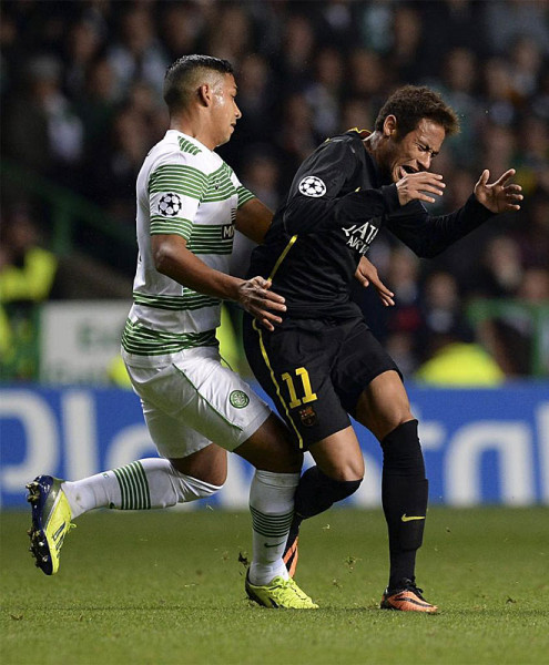 Neymar getting fouled, in Celtic vs Barcelona, in the Champions League 2013-2014