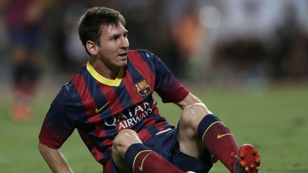 Lionel Messi picks up a new injury, in 2013