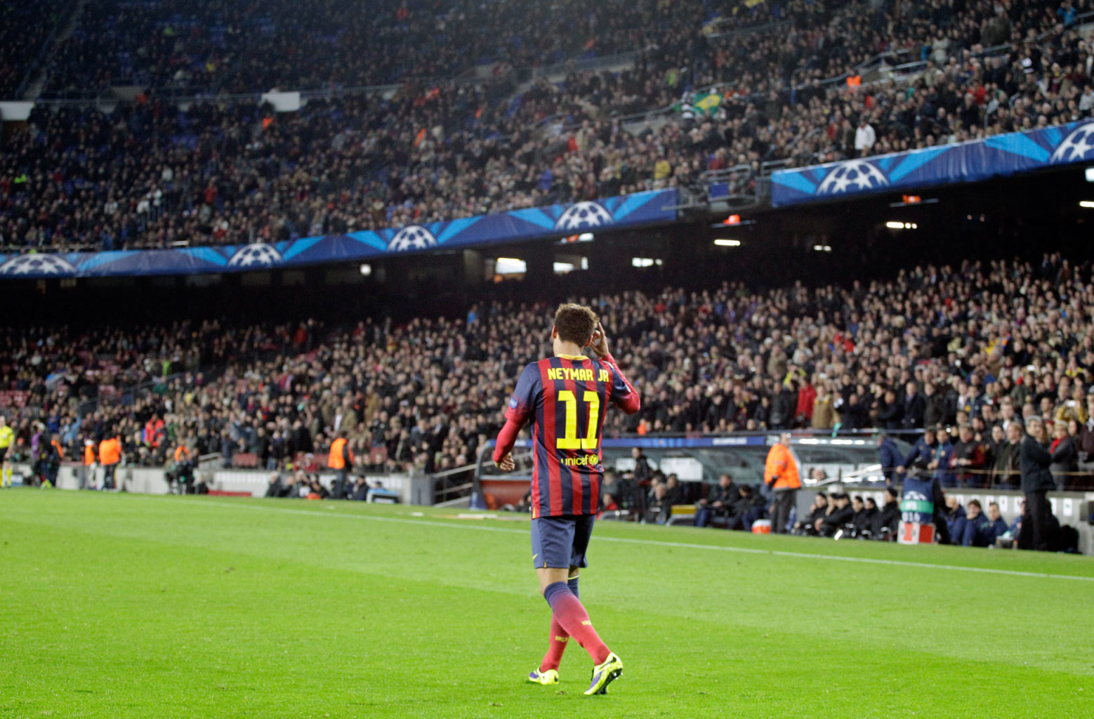 Neymar becoming the new Barcelona idol