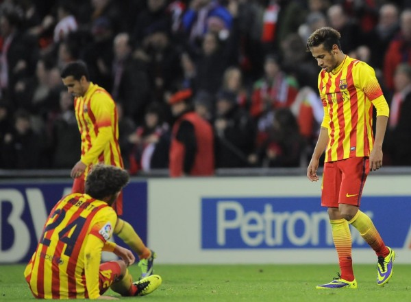 Neymar dropping his head down, after a Barcelona loss in 2013