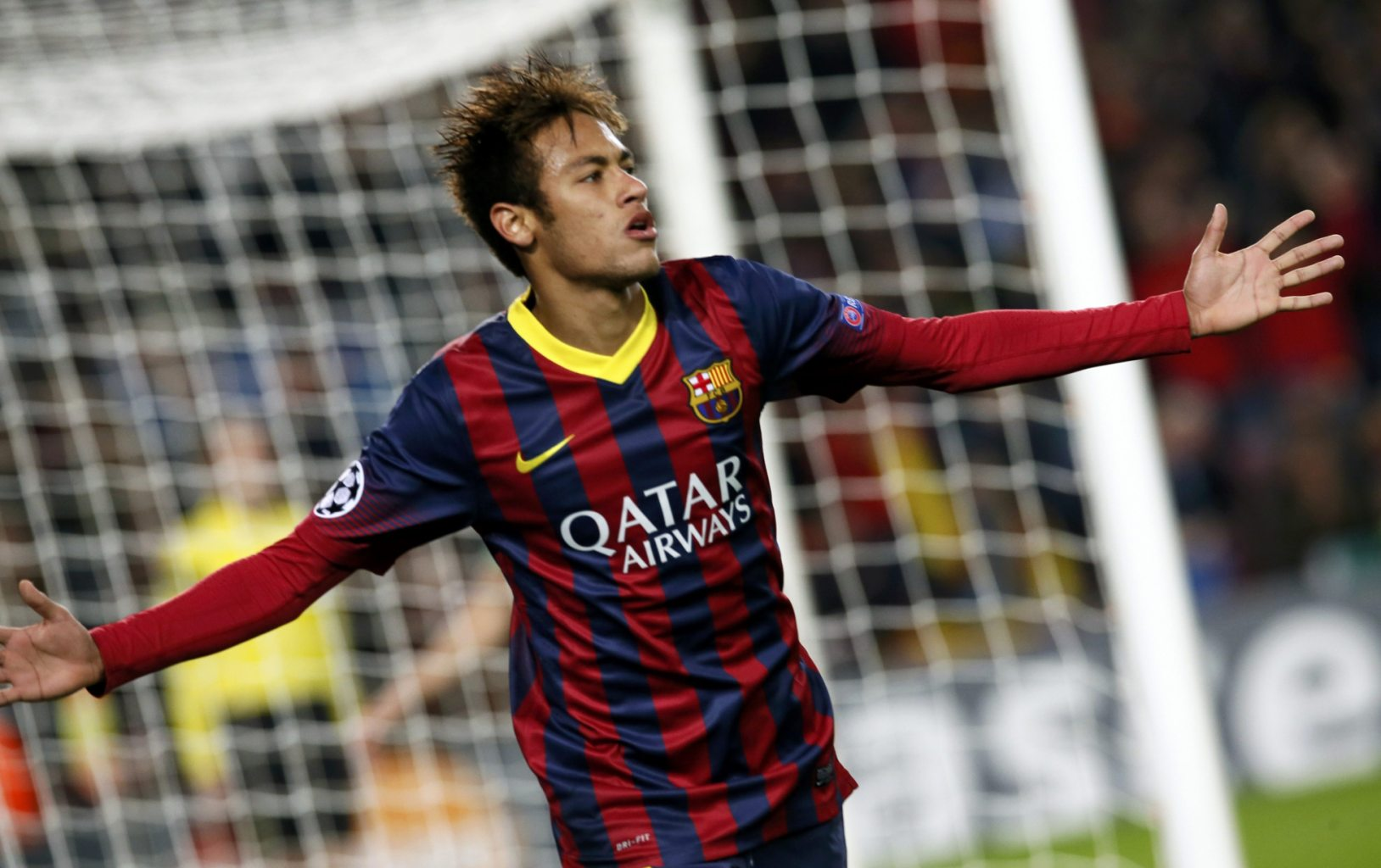 Neymar open arms goal celebration