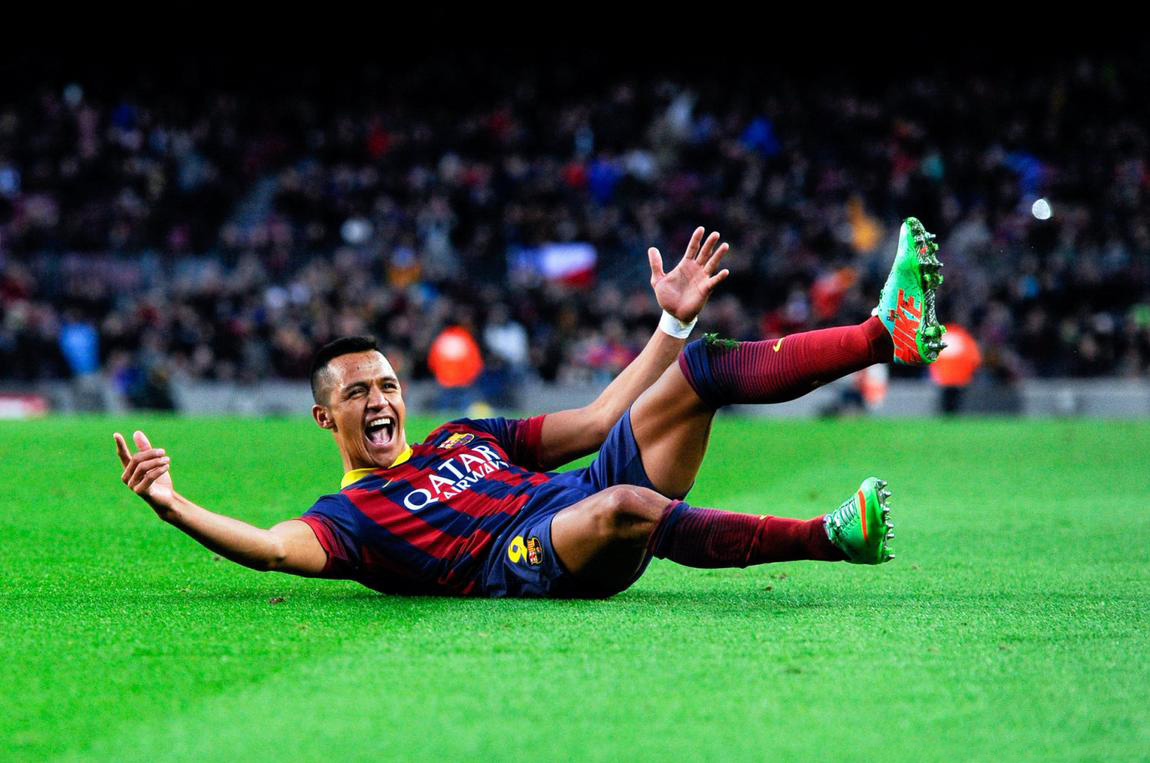 Alexis Sanchez hat-trick sliding celebration, Barcelona 2014