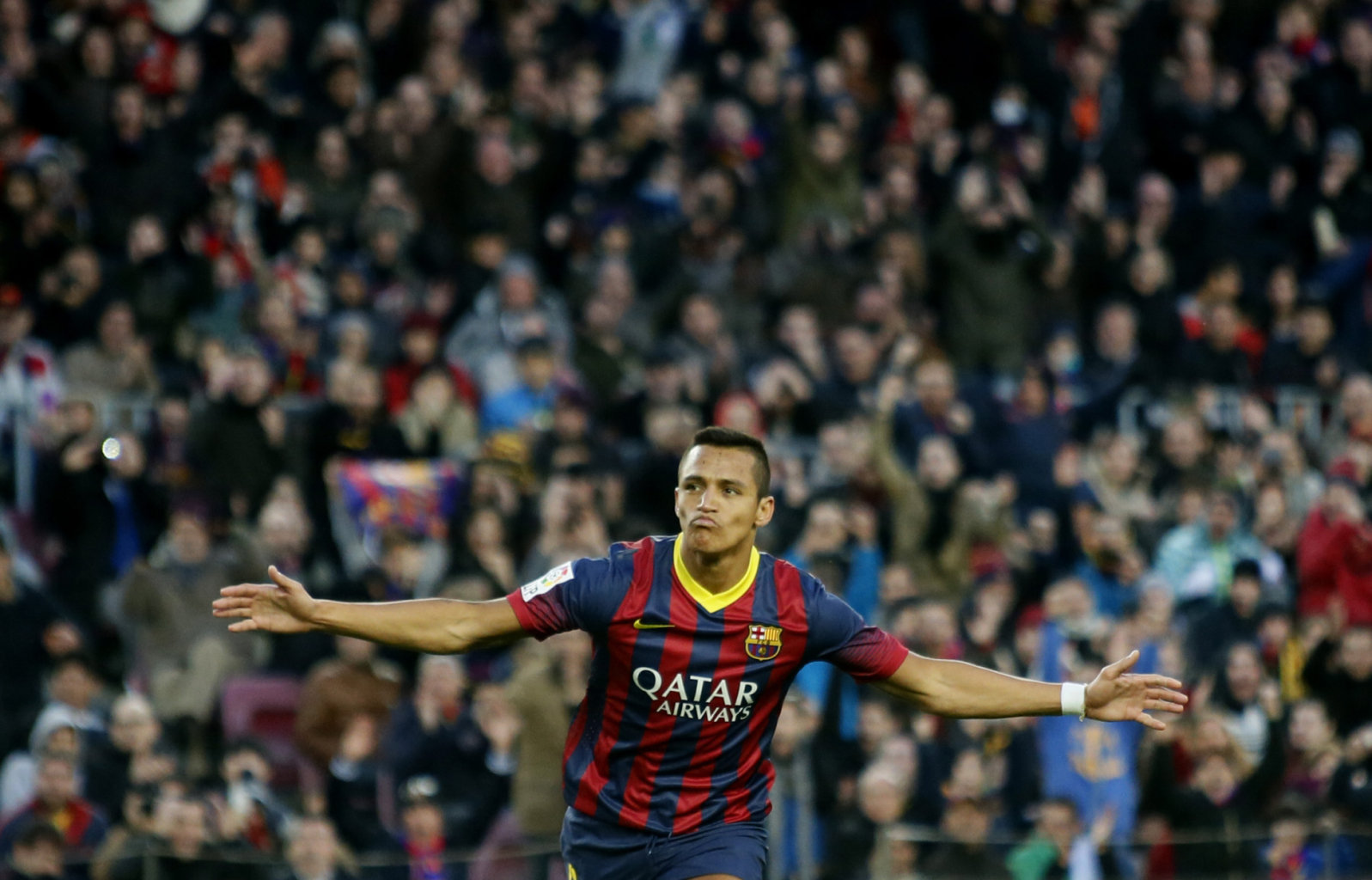 Alexis Sanchez scores Barcelona first goal of 2014