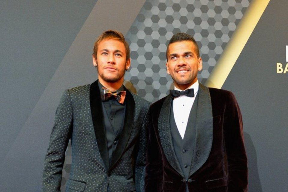 Neymar and Daniel Alves, at the FIFA Ballon d'Or 2013