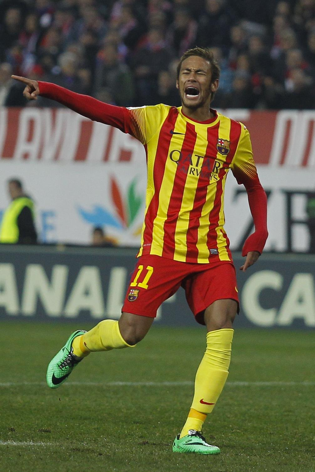 Neymar playing in Atletico Madrid vs Barcelona
