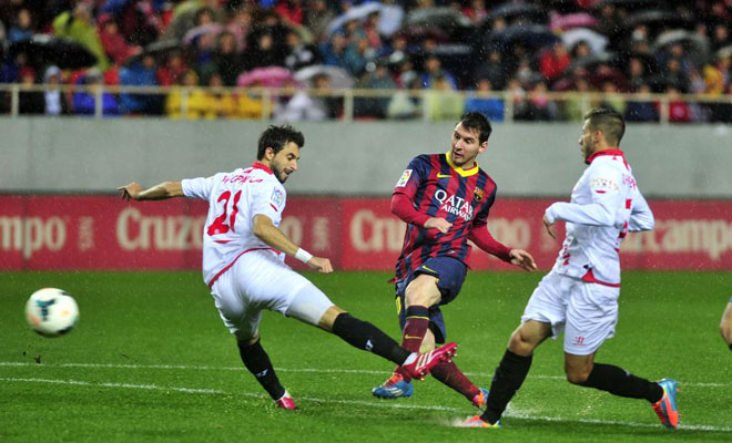 Lionel Messi second goal against Sevilla