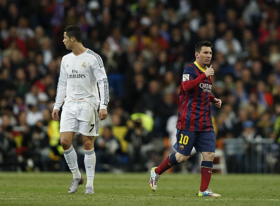 Cristiano Ronaldo and Lionel Messi in the Clasico Real Madrid vs Barcelona