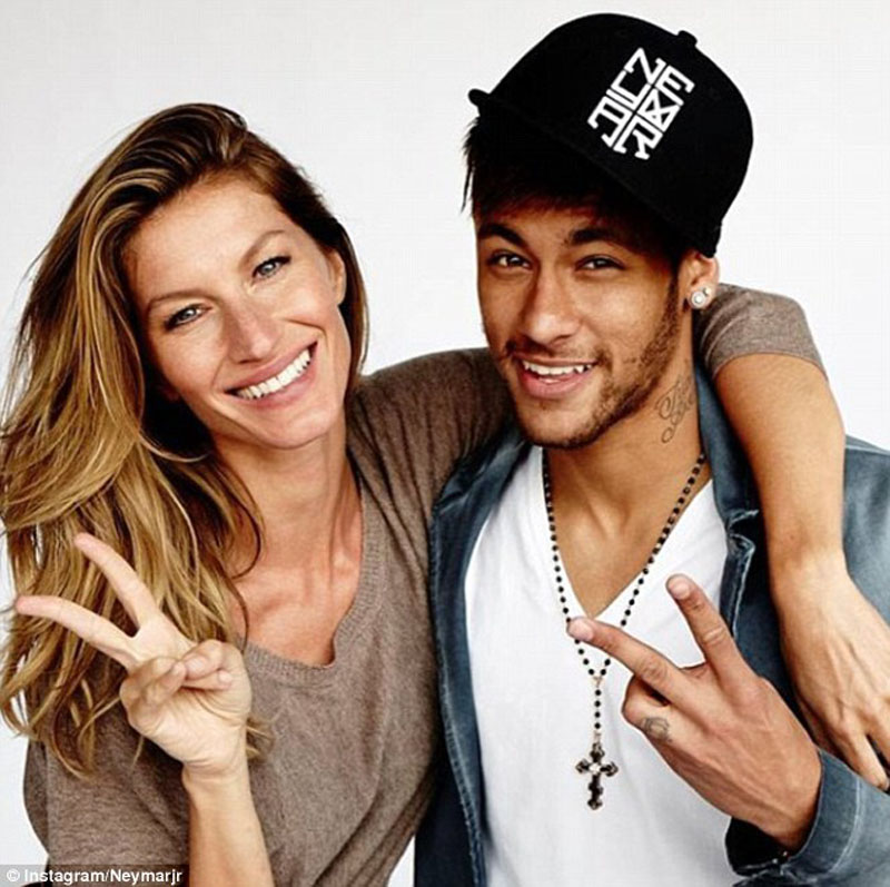 Gisele Bundchen and Neymar Jr photo shoot, in Vogue's magazine cover