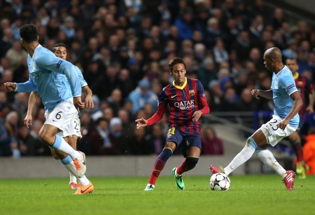 Neymar playing in Manchester City vs Barcelona, in England