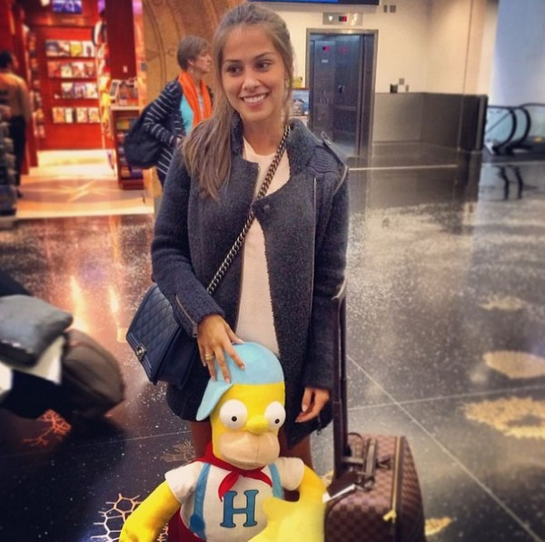 Gabriella Lenzi, Neymar new girlfriend in the airport