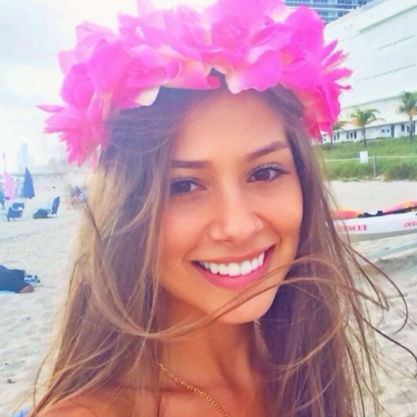 Gabriella Lenzi, Neymar new girlfriend photo 2