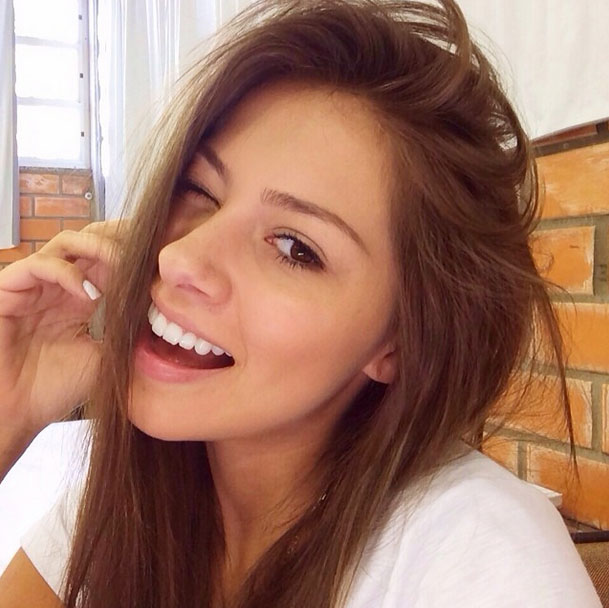 Gabriella Lenzi, Neymar new girlfriend picture 2