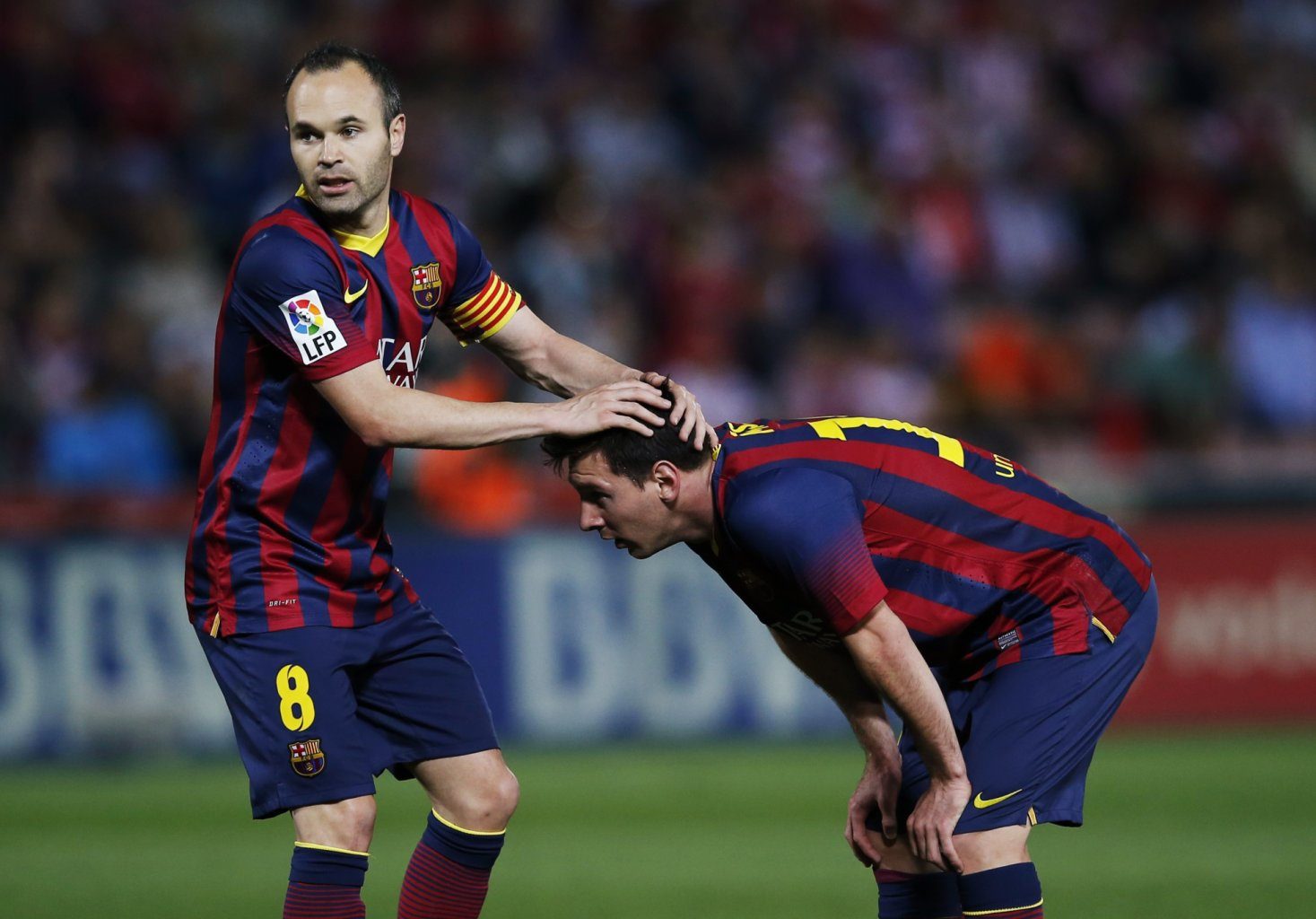 Lionel Messi and Iniesta in a gay pose