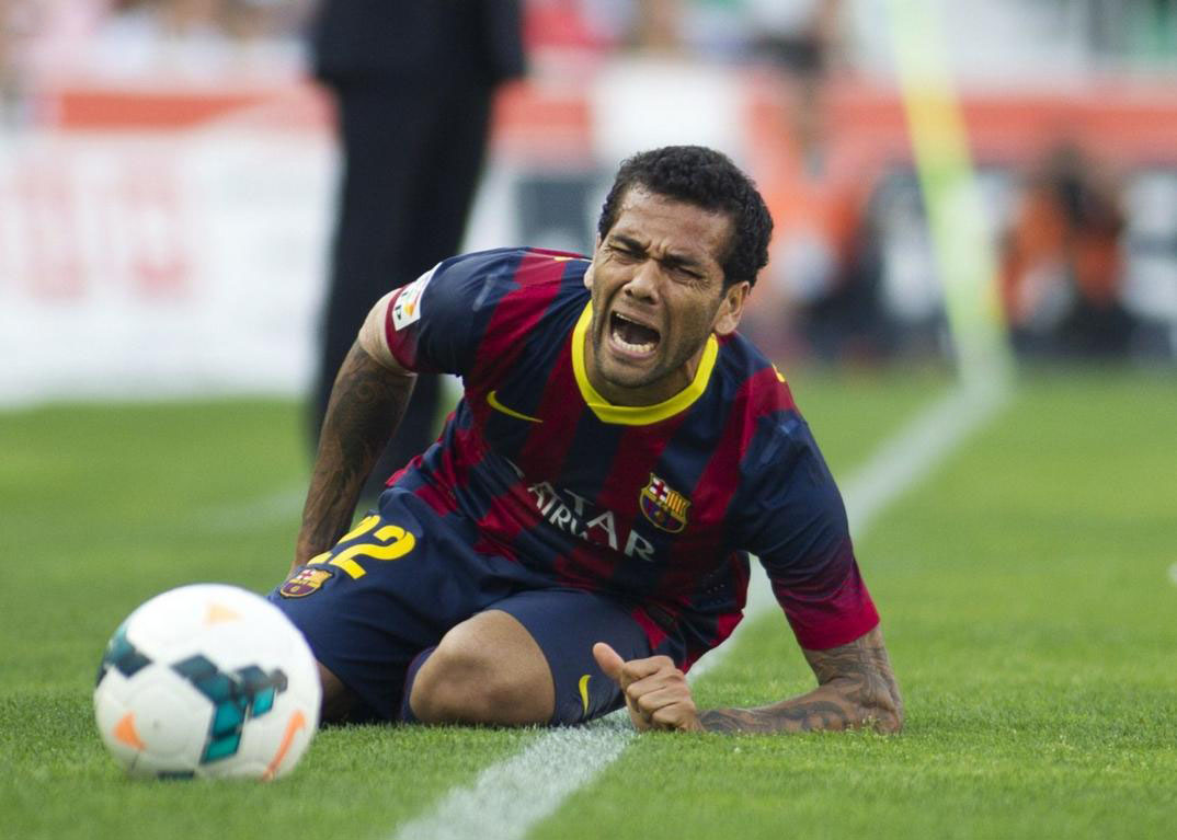 Daniel Alves crying