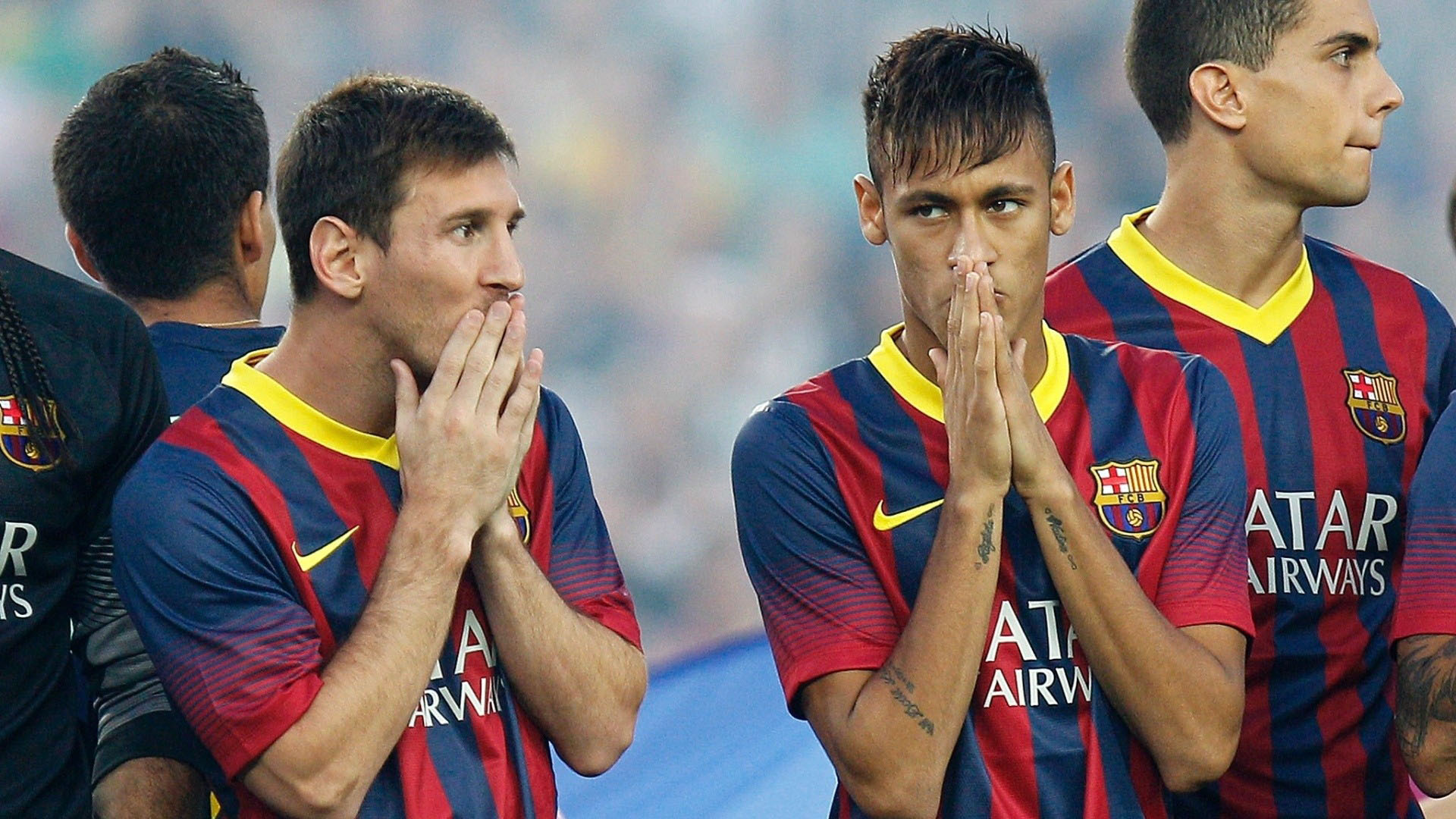 Messi and Neymar nervous during a Barcelona media photoshoot