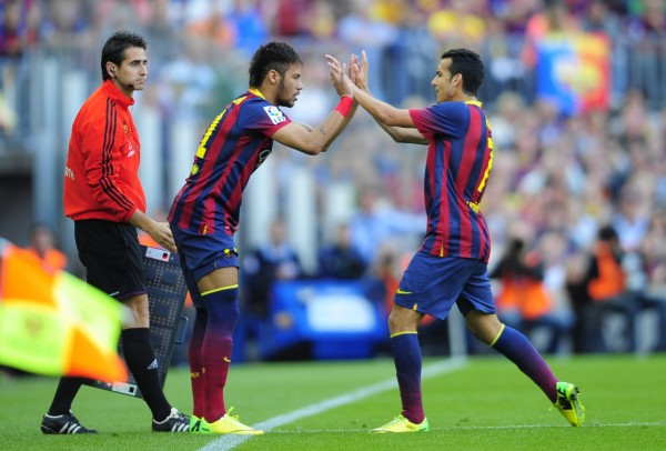 Neymar coming in for Pedro Rodríguez
