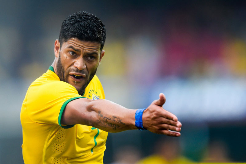 Hulk giving orders to his Brazilian teammates on the pitch