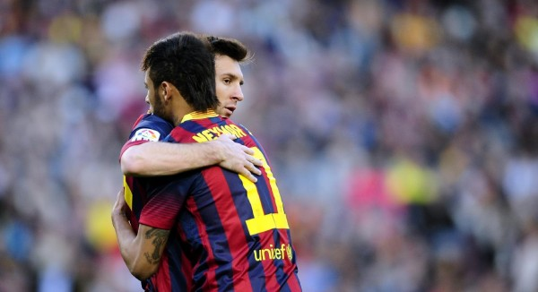Messi and Neymar hugging each other in Barcelona