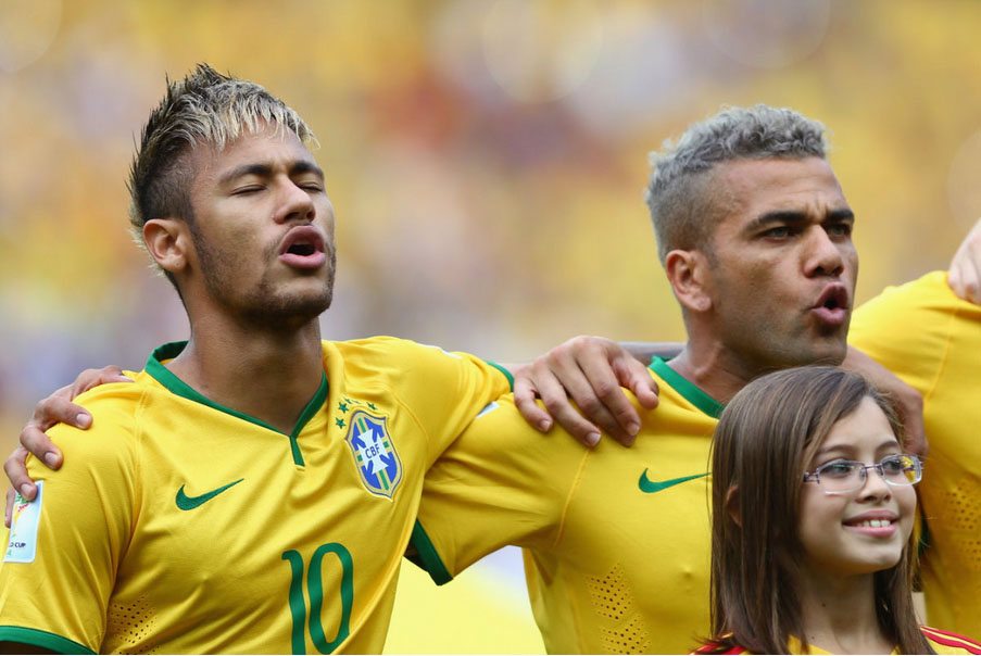 Neymar singing the Brazilian hymn, in the FIFA World Cup 2014