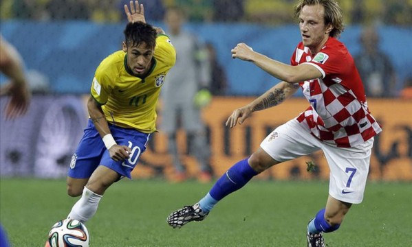 Neymar gives his approval for Rakitic to sign for Barcelona