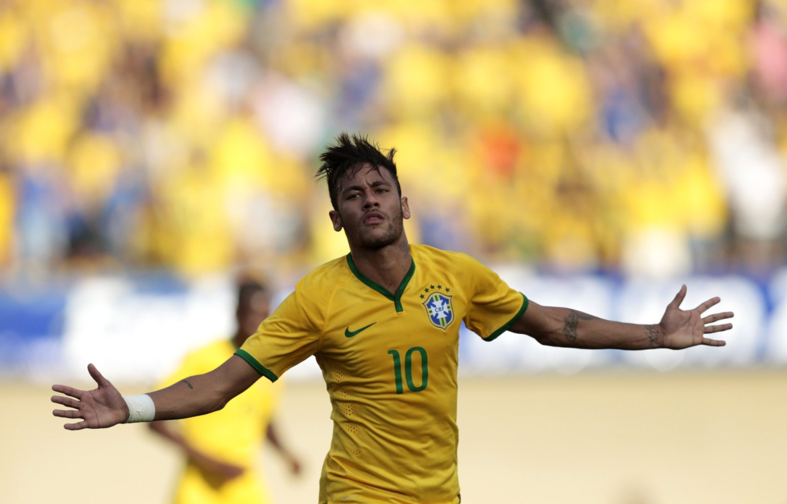 Neymar scores opening goal for Brazil in friendly vs Panama in 2014