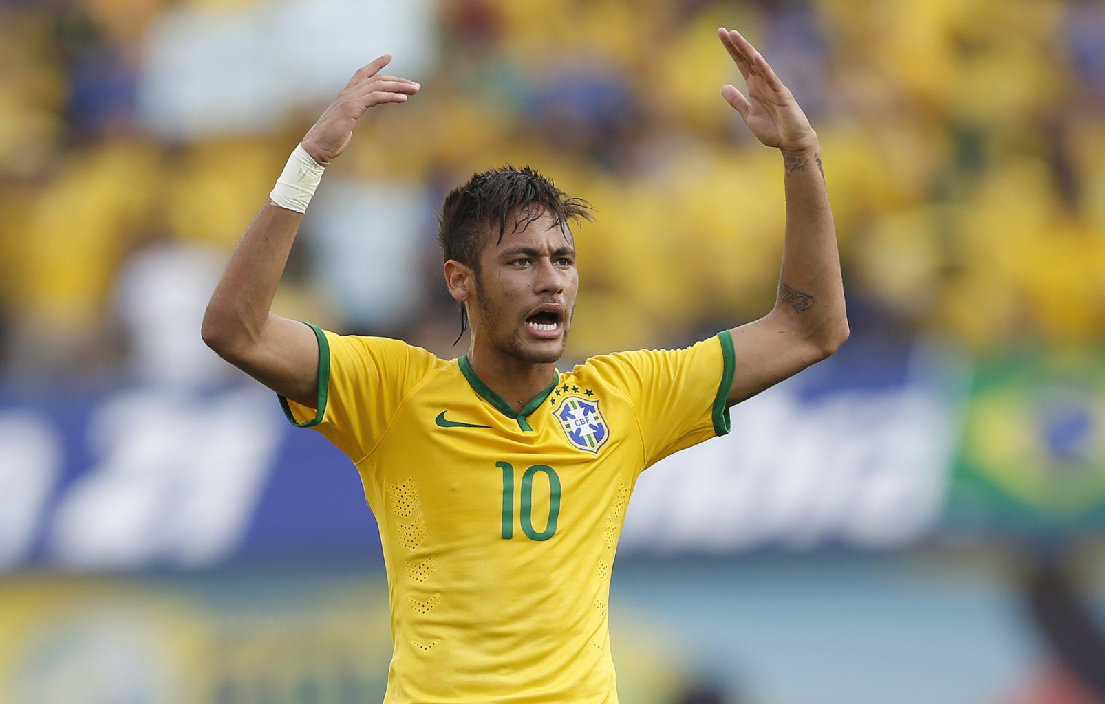 Neymar waving and protesting during a Brazil game