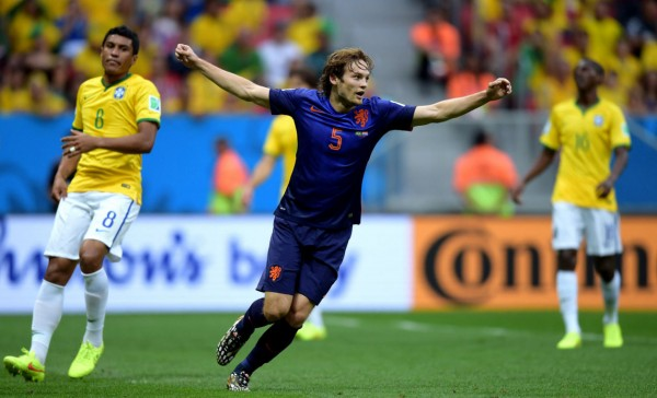 Daley Blind goal, in Brazil vs Netherlands, at the 2014 FIFA World Cup