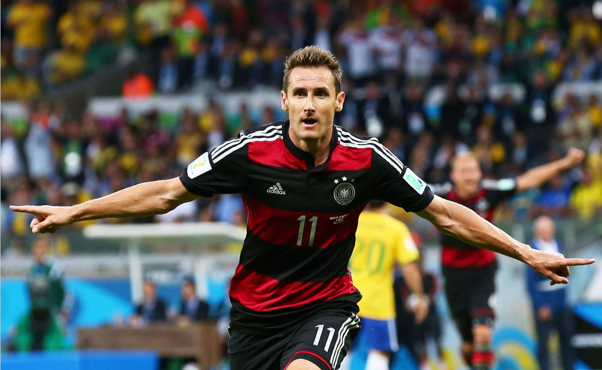 Klose World Cup top scorer of all-time, after his goal 16 in Germany 7-1 Brazil