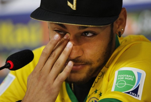 Neymar crying when talking about his injury