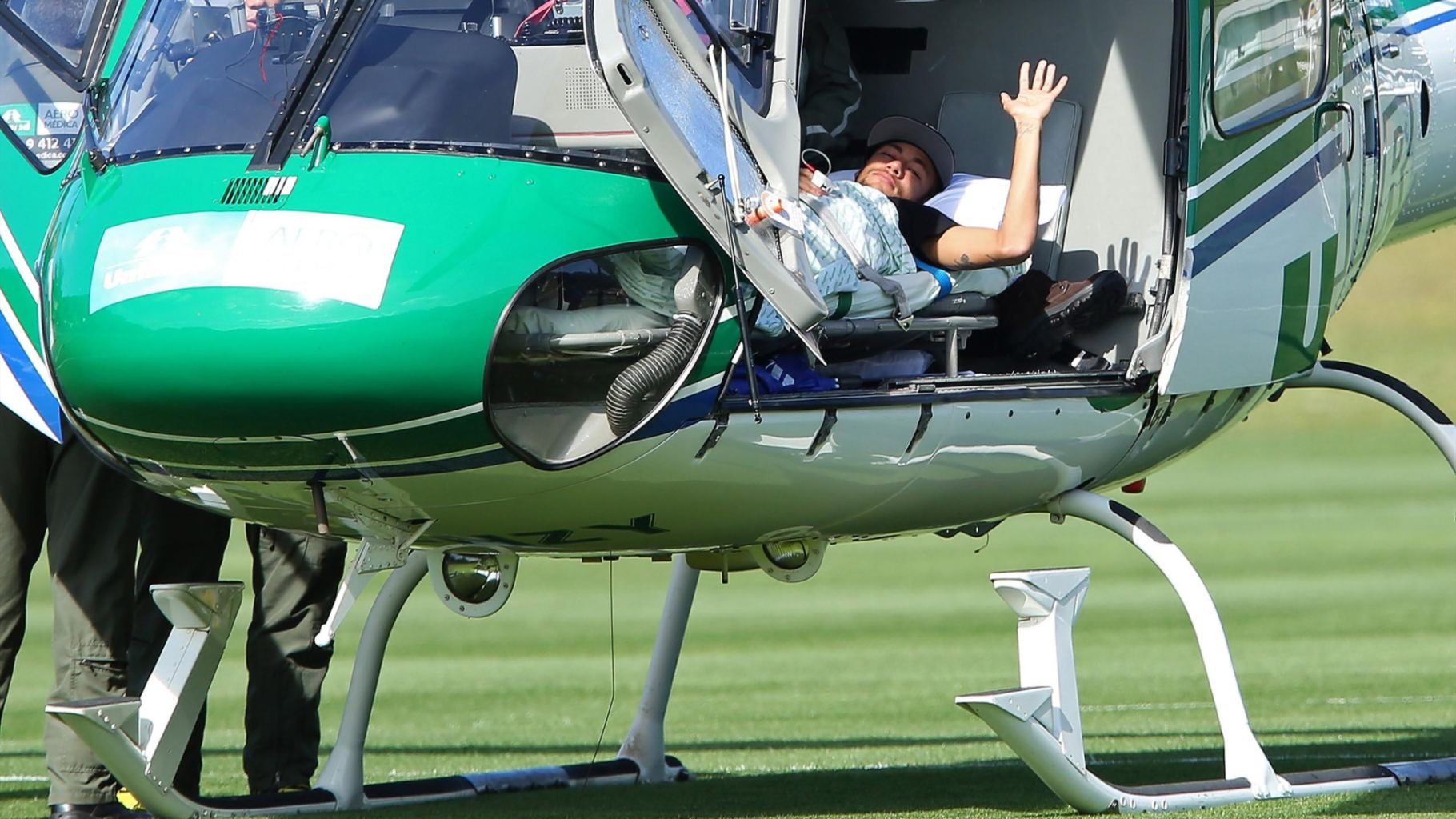 Neymar transported in helicopter while injured