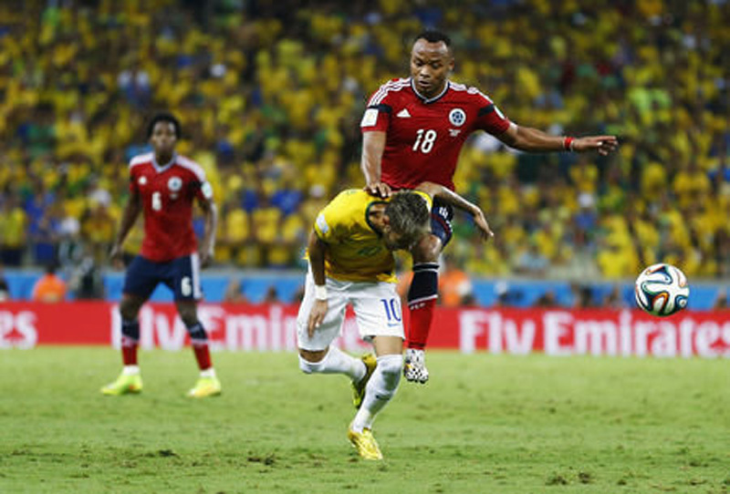 Zuniga vs Neymar injury