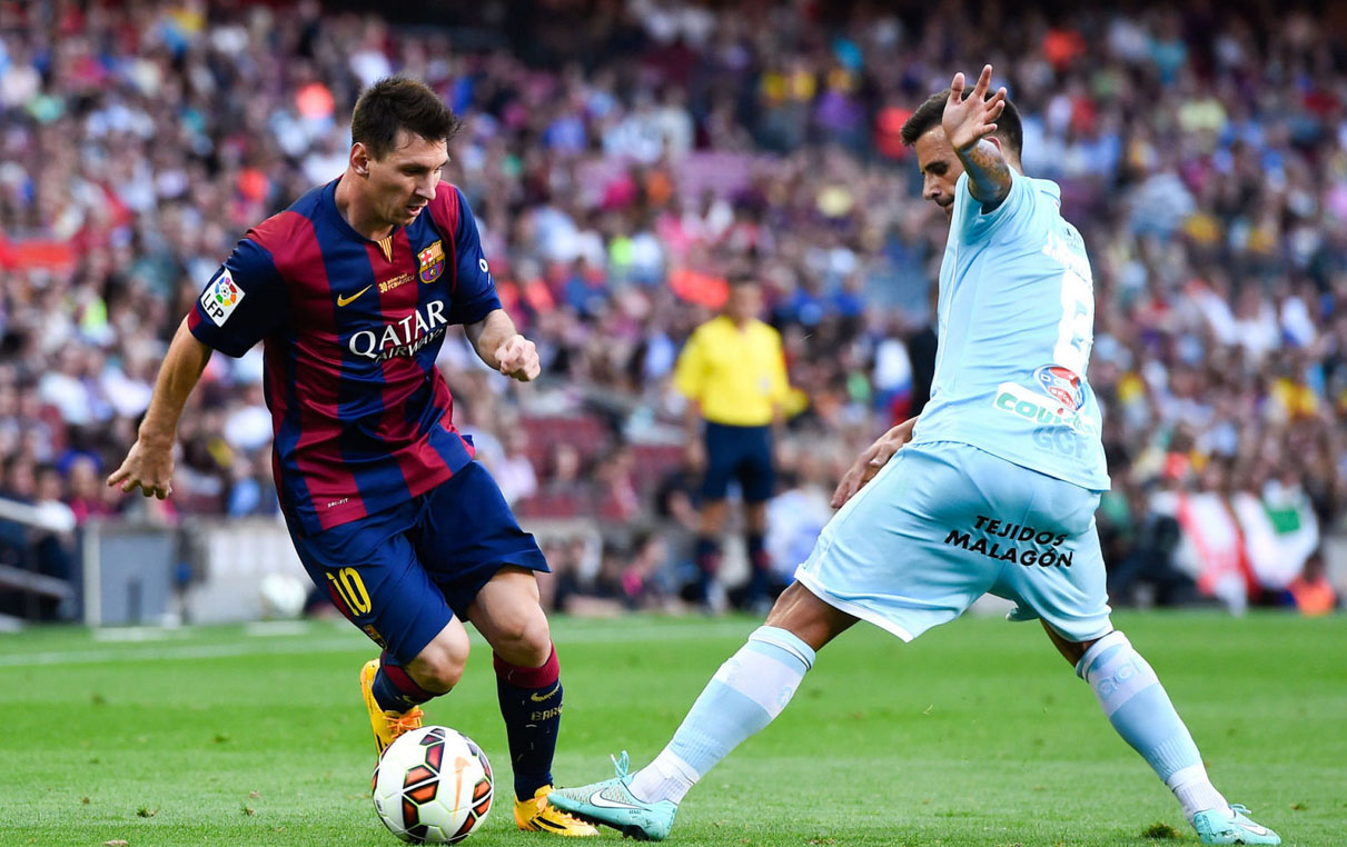 Lionel Messi dribbling action