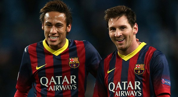 Neymar and Messi smiling together
