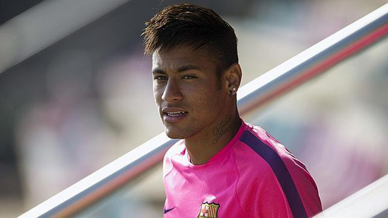 Neymar wearing a pink outfit in Barcelona