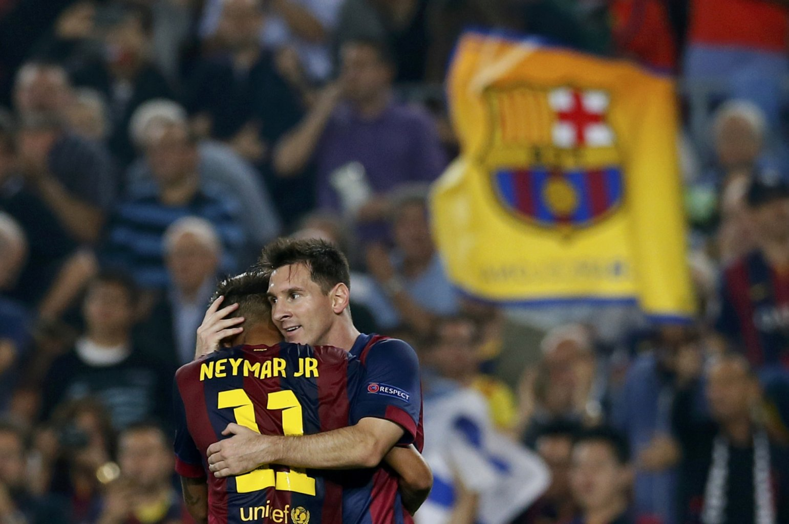 Messi and Neymar hugged