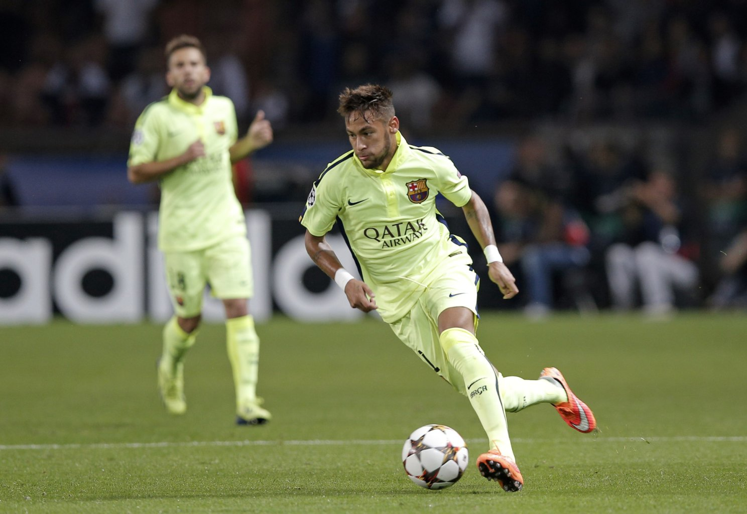 Neymar in action in PSG vs Barcelona