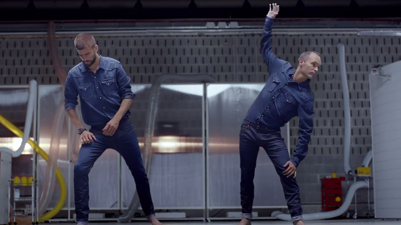 Piqué and Iniesta stretching in Replay's new advert