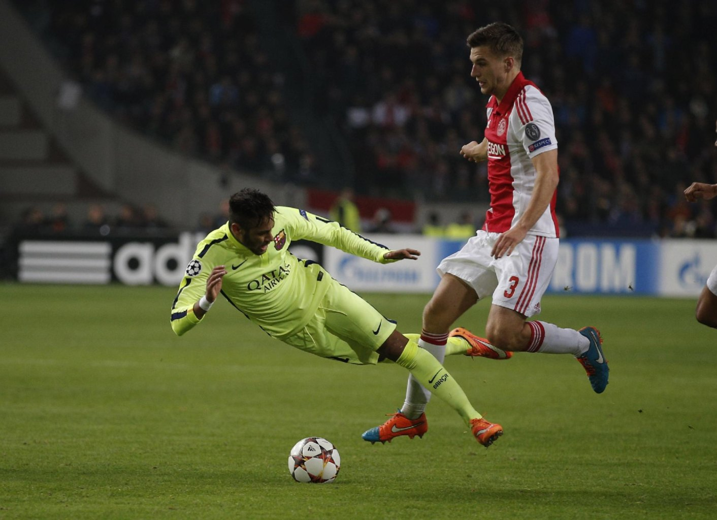 Neymar diving after a touch in Ajax vs Barcelona