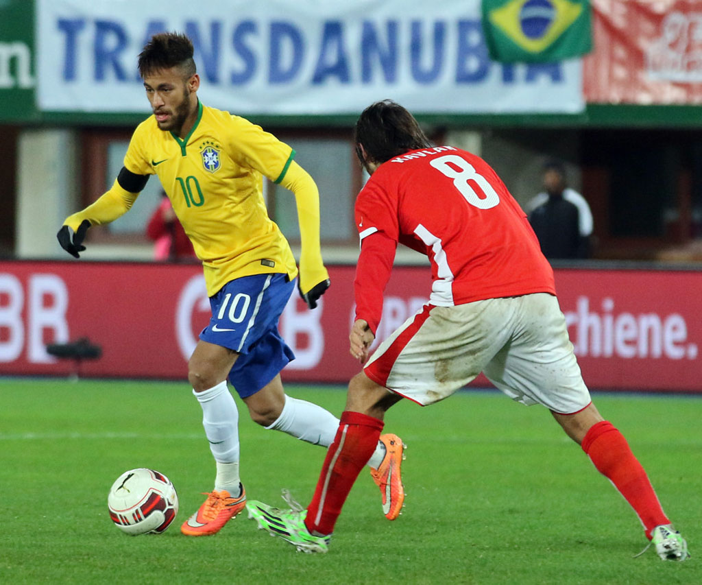 Neymar playing in Austria 1-2 Brazil