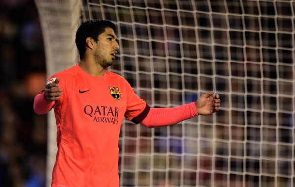 Luis Suarez reaction after missing a chance for Barcelona