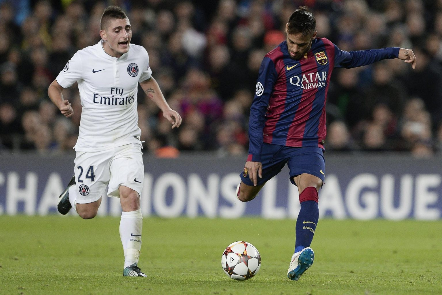Neymar scoring his goal in Barcelona vs PSG, for the UEFA Champions League