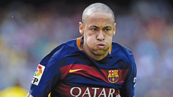 Neymar Jr bald in FC Barcelona 2015-2016