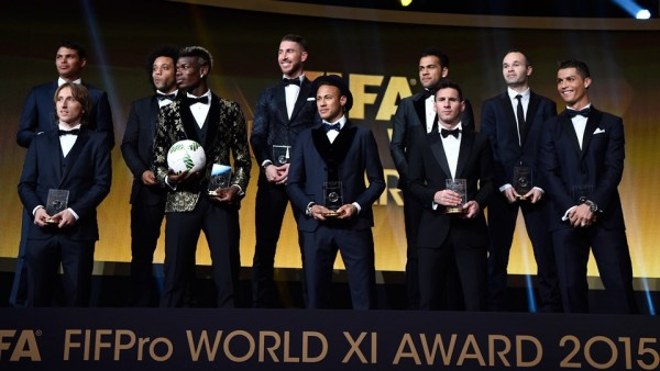 Neymar photo in the middle of the 2015 FIFA FIFPro XI