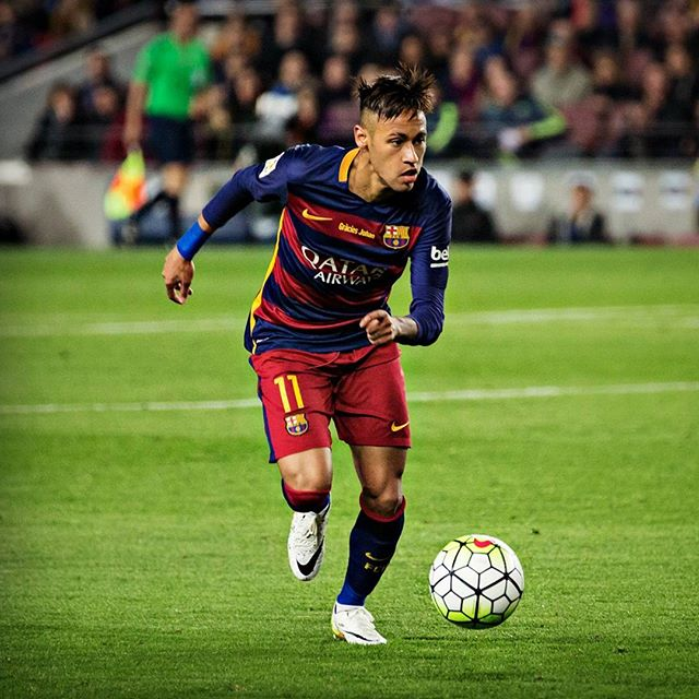 Neymar playing for FC Barcelona in La Liga El Clasico, in 2016